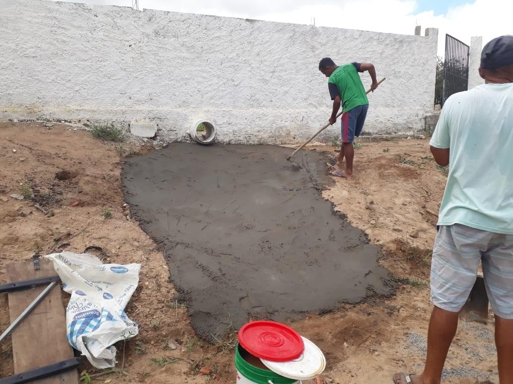 Prefeitura realiza operação tapa-buracos nas ruas de Manguinhas, danificadas pelas chuvas