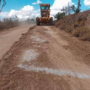 Prefeitura inicia reforma da estrada que liga Bonsucesso a Aroeira